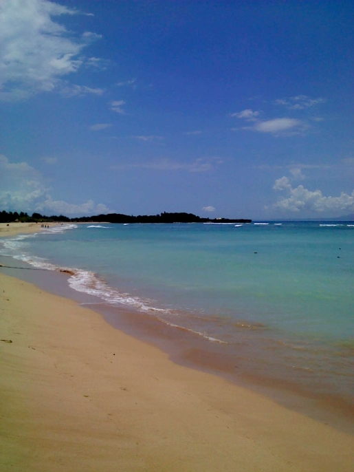 Sandstrand in der Bucht von Nusa Dua
